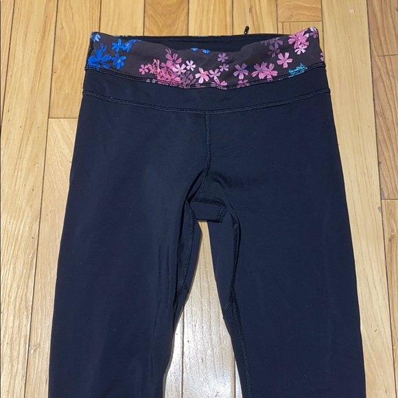 lululemon athletica Pants - Woman's Black Multicolor Lululemon Leggings Size 2